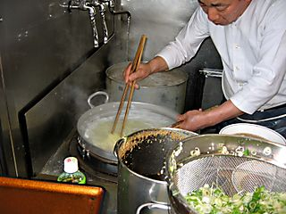 CookingNoodles