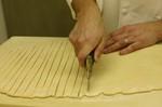 Cutting_the_dough_1