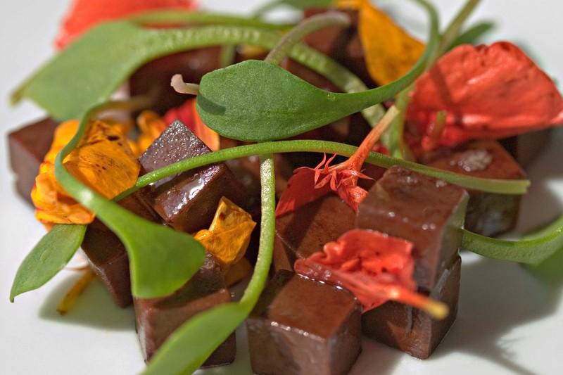 Chocolatetartarenasturtiumbalsamica