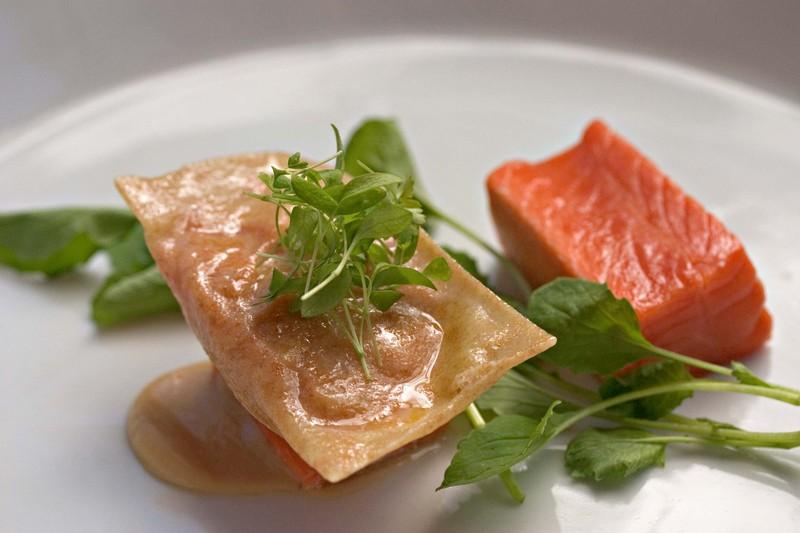 Salmonhamsaladraviolibroccolirabesm