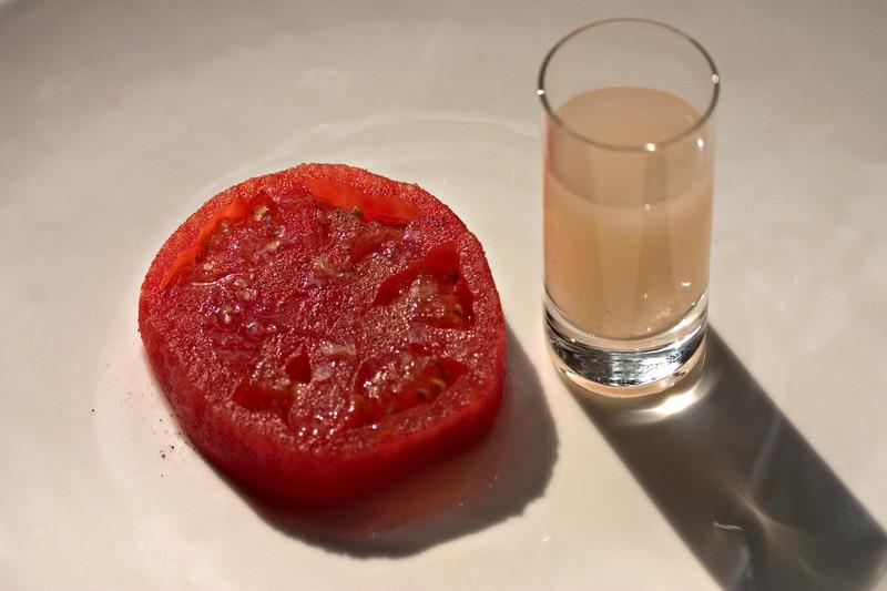 Tomatoinfusedmozzarellawater
