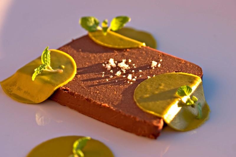 Chocolateshisopistachiovanillasalt