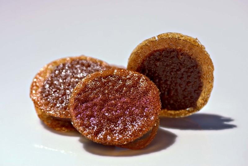 Goldenraisinchocolateganache
