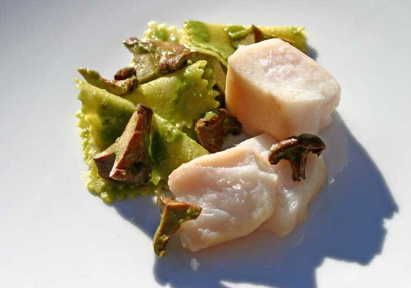 Grouperroastchickenbrineseabeanchanterel