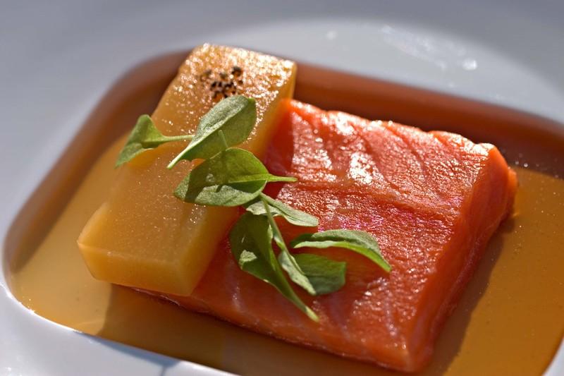 Salmonfoiegrasconsommewarmpeachsorrel